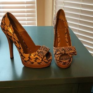 Crocodile fendi pumps